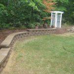 segmental concrete retaining wall installation contractor - McPlants, IMG_7359